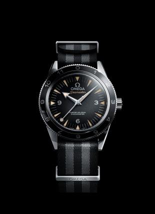 241-The_OMEGA_Seamaster_300_Bond_233.32.41.21.01.001_black_background