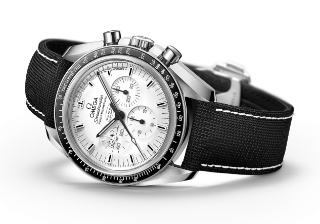 451-9_speedmaster_Apollo13_Siver_Snoopy_Award_311.32.42.30.04.003