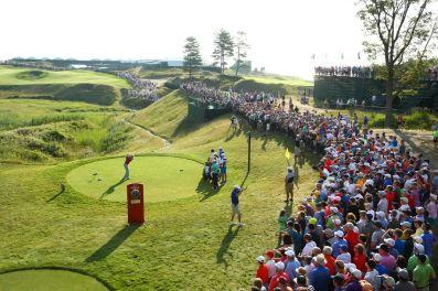 McIlroy_Tees_Off_at_the_2015_PGA_Championship